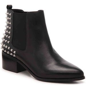 Steve Madden Ashley Chelsea Leather Boots